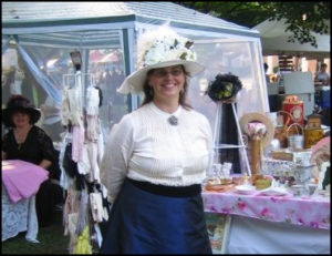 Photo of woman in Victorian clothing at Victorian Days